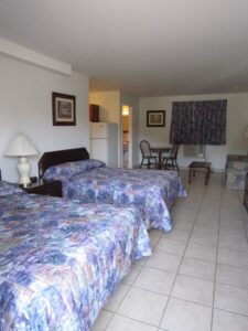 2 Double Beds with Kitchenette (Stardust Motel)